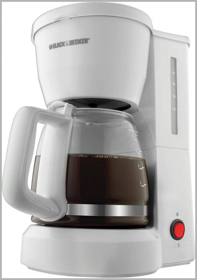 BLACK and DECKER 5-Cup Coffee Maker, DCM600W Price Integrity Rank ( 95 )